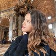 Maisa usa cabelo natural em viagem e inspira milhares de meninas por aí