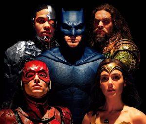 """Zack Snyder revela que sua versão de""""Liga da Justiça"""" será lançada em 2021 no serviço de streaming da HBO"""