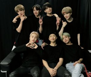 BTS: grupo já está escrevendo e enviando novas músicas para aprovação, diz Jimin