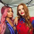 """""""Riverdale"""": Cheryl (Madelaine Petsch) e Toni (Vanessa Morgan) já estão juntas nas gravações da 5ª temporada"""
