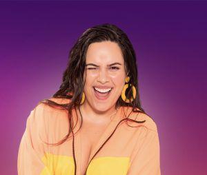 """""""De Férias com o Ex Brasil Celebs"""":Day Camargo, da dupla Day & Lara, faz sucesso com os seus hits sertanejos, mas será que vai ter o mesmo êxito dentro do programa?"""