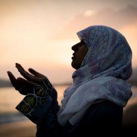 Entenda o que é Ramadan e conheça 5 perfis de influenciadoras muçulmanas que falam sobre Islamismo