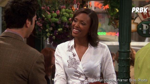 """Charlie Wheeler (Aisha Tyler) é uma das poucas personagens negras de """"Friends"""""""
