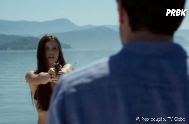 """No final de """"Verdades Secretas"""", Angel (Camila Queiroz) mata Alex (Rodrigo Lombardi)"""