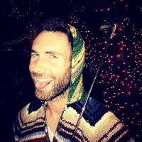 """Oscar 2015: Adam Levine está confirmado para cantar """"Lost Stars"""" do filme """"Mesmo se Nada der Certo"""""""