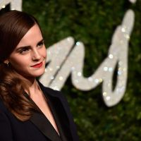 Emma Watson desmente namoro com príncipe Harry no Twitter