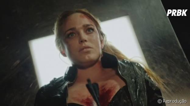 """Sara (Caity Lotz) morreu em """"Arrow""""!"""