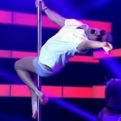 """Otaviano Costa tira a roupa e dança pole dance de cueca junto com José Loreto em """"Amor e Sexo"""""""