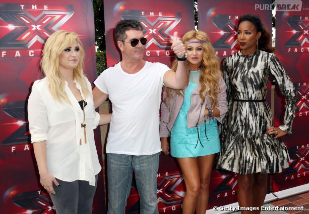 """Demi Lovato, Simon Cowell, Paulina Rubio e Kelly Rowland estão na bancada de jurados da 3ª temporada do """"The X Factor"""""""