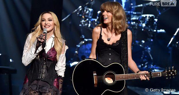 """Madonna chama Taylor Swift ao palco de premiação para dueto de """"Ghosttown"""""""