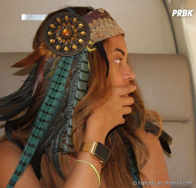 Beyoncé exibe Apple Watch durante o Coachella 2015