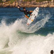 Mundial de Surf no Rio de Janeiro: Medina está pressionado e fãs fazem plantão para ver o surfista