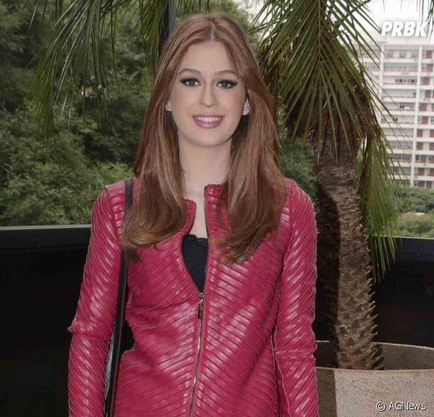 Marina Ruy Barbosa se vestiu de rosa nesta terça-feira (5) para prestigiar aula de culinária em homenagem ao Dia das Mães