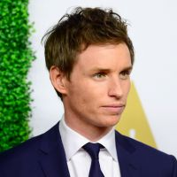 """Spin-off de """"Harry Potter"""" vai ter Eddie Redmayne, vencedor do Oscar 2015, como o protagonista!"""