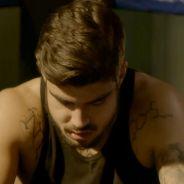 """Te contei? Em """"I Love Paraisópolis"""", Grego (Caio Castro) entra em coma depois de envenenamento!"""
