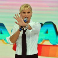 Xuxa paga mico com chamadas e estreia de seu programa na Record é adiada pela terceira vez!
