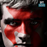 """De """"Jogos Vorazes: A Esperança - Parte 2"""": Peeta, Katniss, Gale e mais personagens em novos cartazes"""