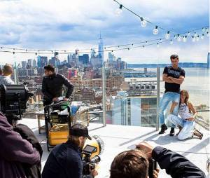 Sean O'pry e Gisele Bündchen posando para sessão de fotos em Nova York