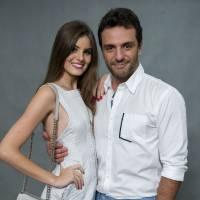 """Te contei? Em """"Verdades Secretas"""", Angel (Camila Queiroz) e Alex (Rodrigo Lombardi) se beijam!"""