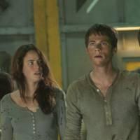 """De """"Maze Runner 2"""": Dylan O'Brien e Kaya Scodelario aparecem em novos comerciais do filme. Assista!"""