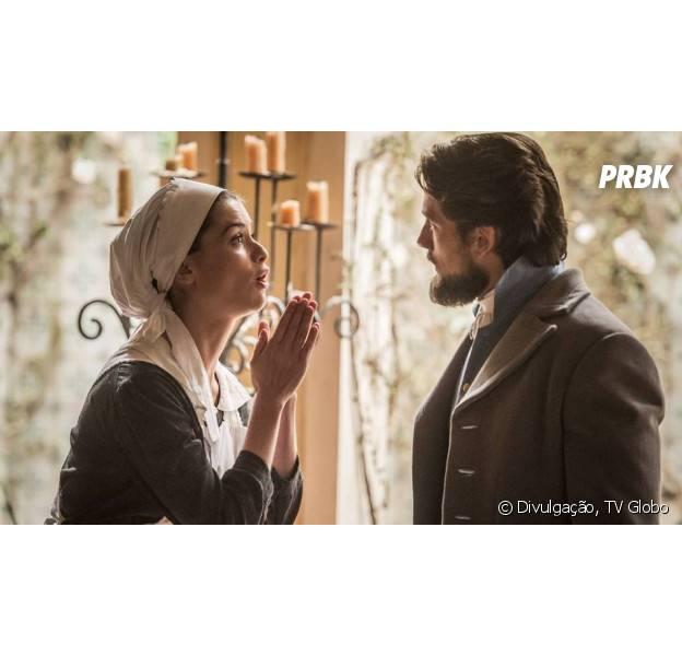"""Em """"Além do Tempo"""": Lívia (Alinne Moraes) implora que Felipe (Rafael Cardoso) não conte verdade para Vitória (Irene Ravache)"""