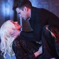 """Em """"American Horror Story: Hotel"""": Lady Gaga e Matt Bomer terão cena de sexo grupal na série. OMG!"""