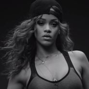 "Rihanna sensualiza com corpão em novo comercial ao som de ""Bitch Better Have My Money""!"