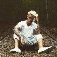 Justin Bieber mostra visual loiro platinado com fotos no Instagram. Tá lindo, tá divo, tá gato!