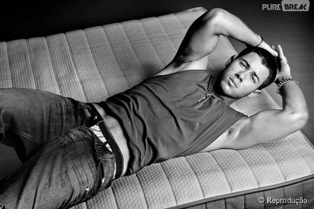 Nick Jonas faz aniversário de 23 anos! Veja GIFs que provam que o cantor é o mais sexy do momento