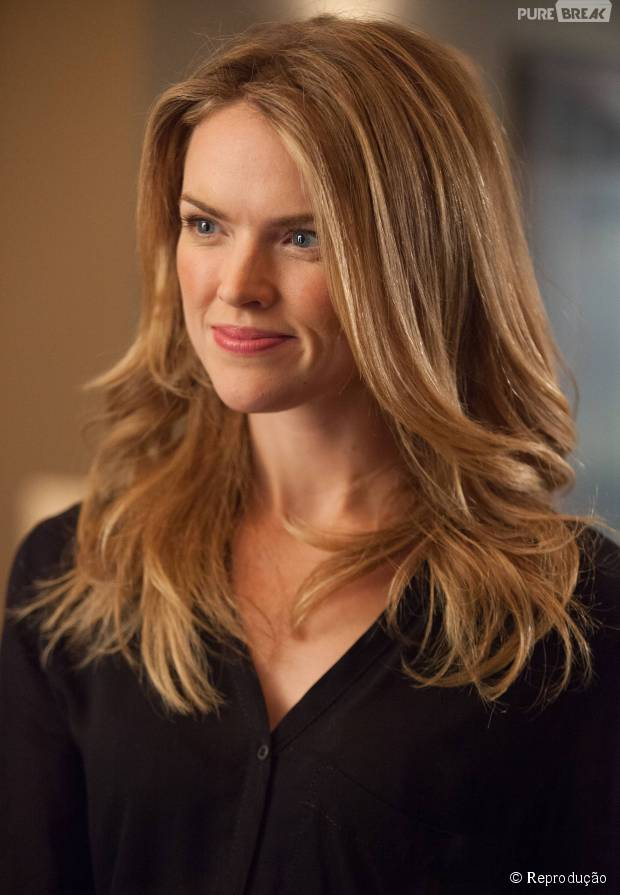 """Em """"Gotham"""": Barbara (Erin Richards) é destaque em novo vídeo promocional!"""