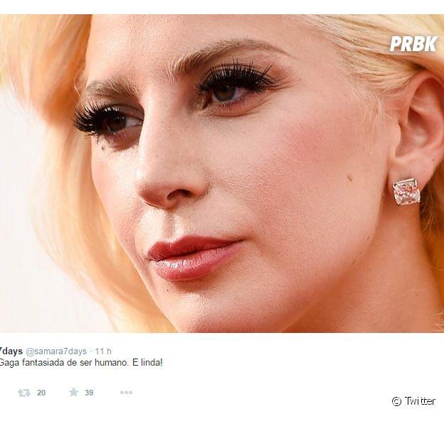 Lady Gaga é um dos grandes destaques do Emmy Awards 2015 e virou meme na internet!