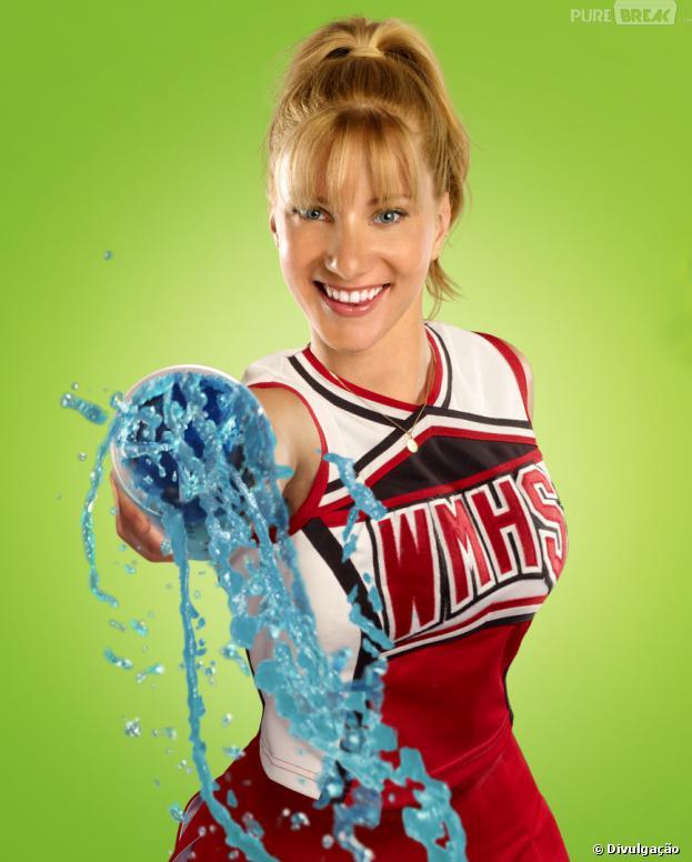 """Integrante do seriado teen """"Glee"""" Heather Morris publica primeira imagem do rosto de seu filho pelo Twitter, nesta segunda-feira, 30 de setembro de 2013"""