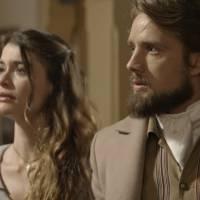 """Novela """"Além do Tempo"""": Felipe (Rafael Cardoso) descobre que Lívia é uma impostora e a expulsa!"""