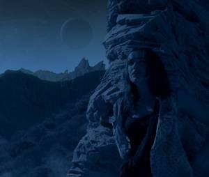 """A galera não está conformada, por onde anda Simmons(Elizabeth Henstridge) em """"Agents of SHIELD""""?!"""