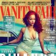 """Capa e recheio da Vanity Fair, Rihanna fez ensaio com cabelos vermelhos, como na era """"Loud"""""""