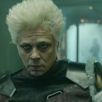"""De """"Guardiões da Galáxia 2"""": vai ter Colecionador, sim! Benicio Del Toro irá retornar à sequência"""