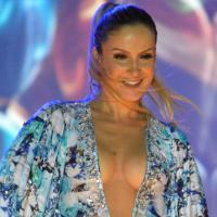 Claudia Leitte, Jennifer Lopez e Pitbull podem cantar música da Copa de 2014!