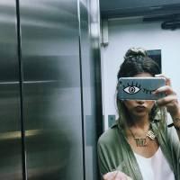 Bruna Marquezine, Ariana Grande, Larissa Manoela e mais: veja as capinhas de celular das famosas!
