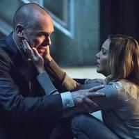 """Em """"Arrow"""": na 4ª temporada, Oliver e Quentin brigam e Sara de volta à vida no último episódio!"""