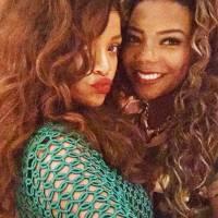 Ludmilla, Rihanna, Taylor Swift, Beyoncé e as melhores selfies dos famosos sendo fãs!