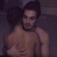 """Bruna Marquezine aparece nua e apaixonada por Tiago Iorc no clipe de """"Amei Te Ver"""""""