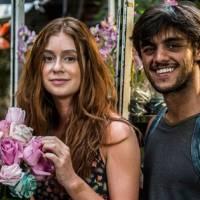 """Novela """"Totalmente Demais"""": Jonatas (Felipe Simas) beija Eliza (Marina Ruy Barbosa) e leva fora!"""