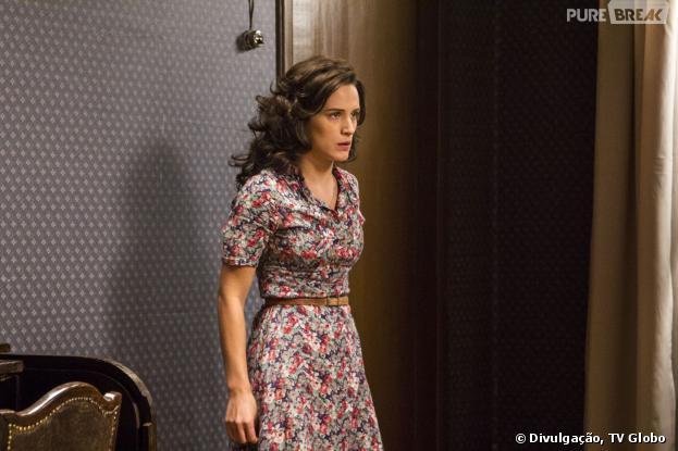 """Em """"Joia Rara"""", Manfred (Carmo Dalla Vecchia) trancará Amélia (Bianca Bin) em seu quarto"""