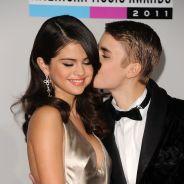 Justin Bieber e Selena Gomez são flagrados aos beijos após serenata em restaurante!