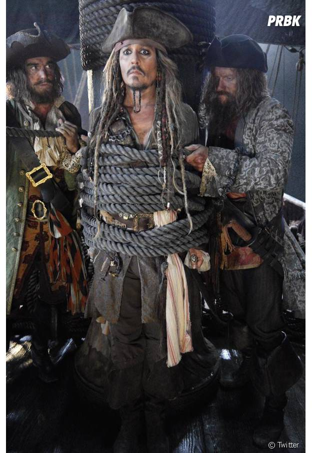 """Johnny Depp está de volta às filmagens de """"Piratas do Caribe 5"""""""
