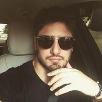 """Daniel Rocha, de """"Totalmente Demais"""", fala sobre namoro por interesse: """"Querem sair por status"""""""