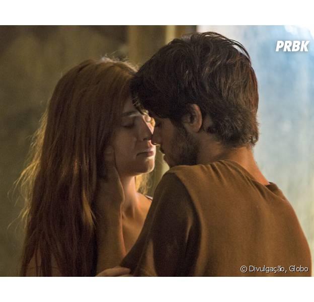 "Em ""Totalmente Demais"", Jonatas (Felipe Simas) se declara para Eliza (Marina Ruy Barbosa)!"
