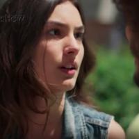 """Novela """"Malhação"""": Luciana (Marina Moschen) beija Pedro, mas diz que gosta de outra pessoa!"""