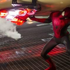 """Novas fotos de """"O Espetacular Homem-Aranha 2"""" com Andrew Garfield são divulgadas"""
