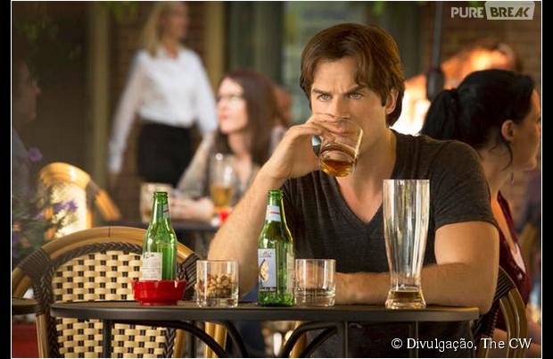 """Em """"The Vampire Diaries"""": Damon (Ian Somerhalder) teve que aprender a viver sem Elena (Nina Dobrev) em 2015!"""